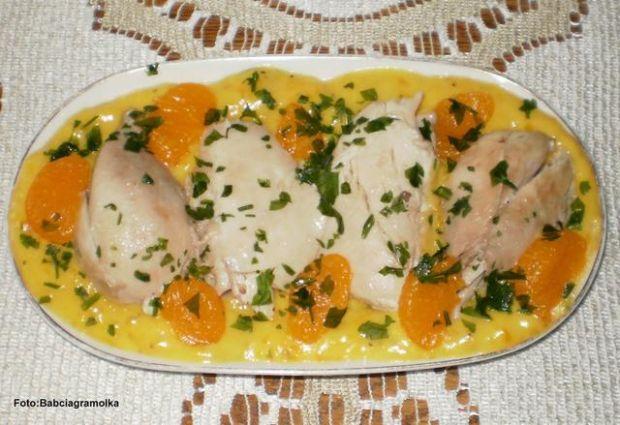 Kurczak w potrawce  mandarynkowej :