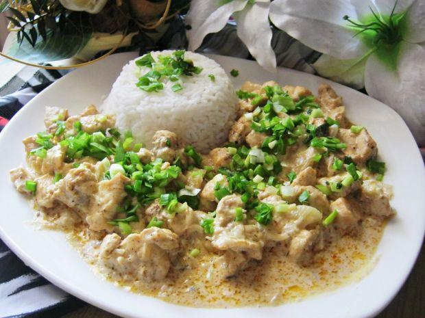 Kurczak w sosie cebulowo- czosnkowym