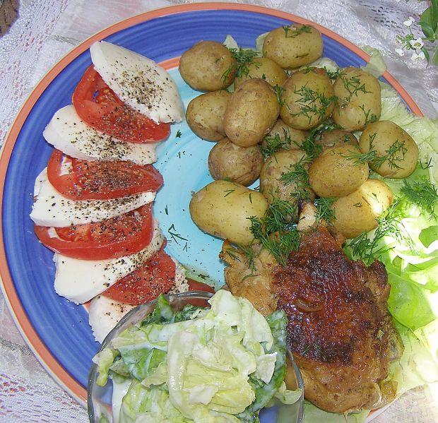 Kurczak z młodymi ziemniakami