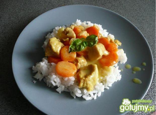 Kurczak z ryżem, warzywami i ananasem!