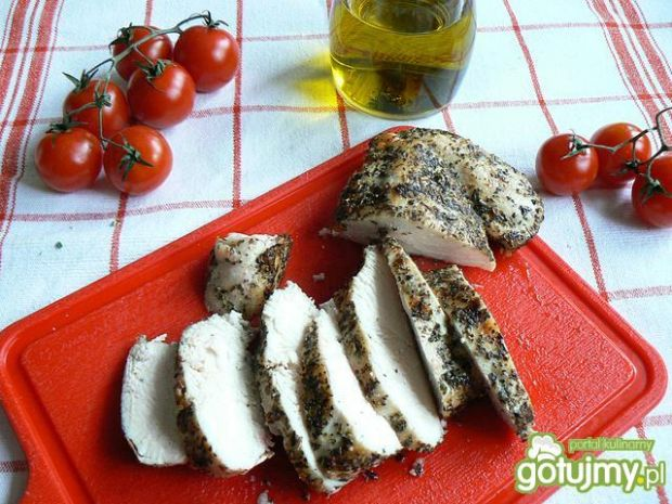 Kurczak z sosem malinowym i Carpaccio
