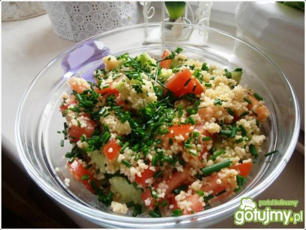 Kuskus z ogórkiem i pomidorami 2