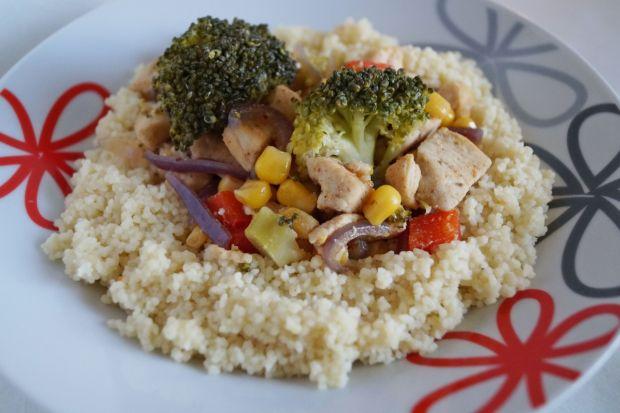 Kuskus z warzywami i kurczakiem