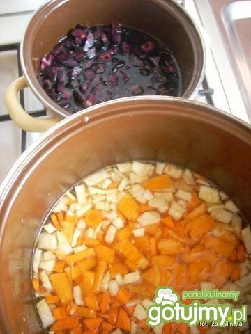 Łaciata zupa krem na winie
