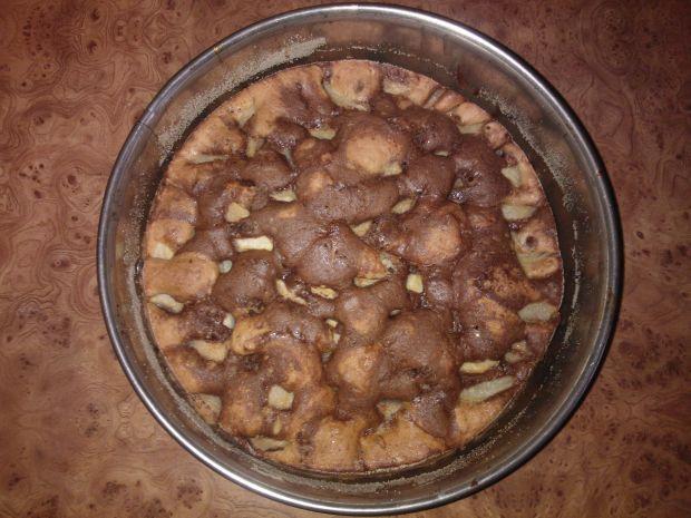 Łaciate ciasto z gruszkami
