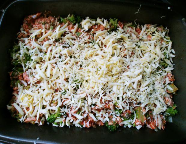 Lasagne z łososiem i brokułami