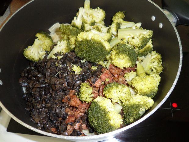 Łazanki z brokułem