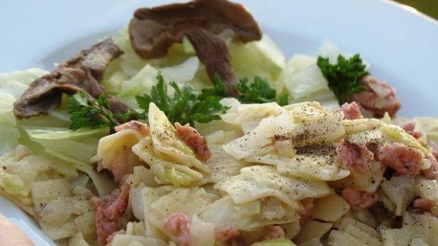 Łazanki z kapustą, grzybami i mięsem