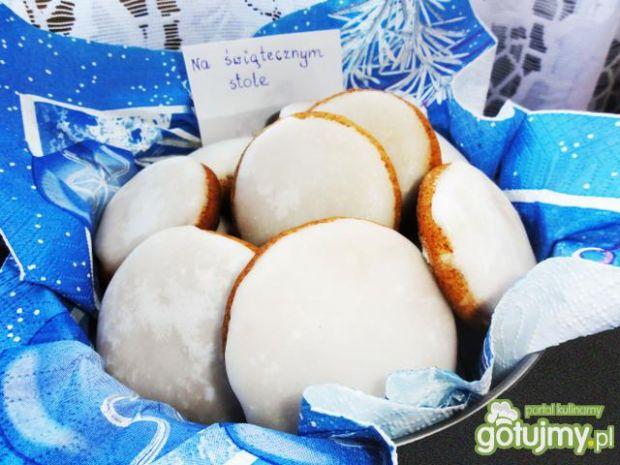 tradycyjne niemieckie pierniczki, Lebkuchen, ciasteczka świąteczne, Boże Narodzenie
