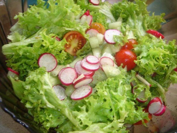 Lekka sałatka- dodatek do obiadu