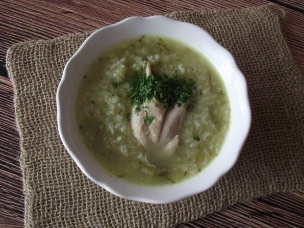 Lekka zupa ogórkowo ryżowa
