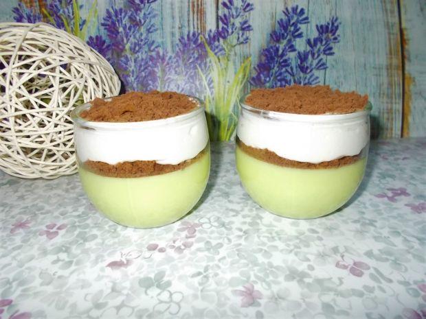 Lekki deser jogurtowo-ciasteczkowy