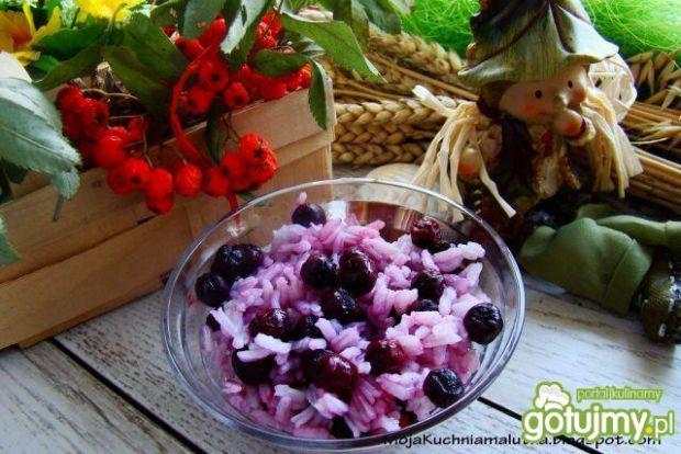 Lekki deser ryż z aronią