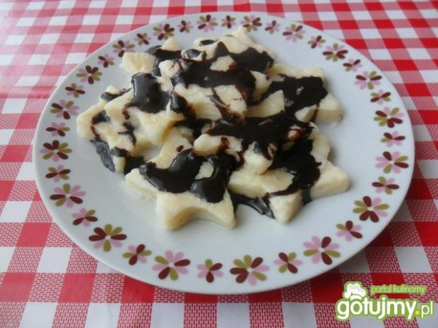 Leniwe pierogi z czekoladą