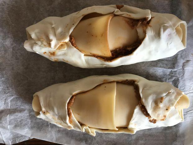 Łódeczki z parówką i salami