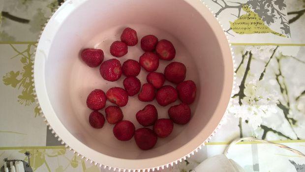 Lody truskawkowe z miętą