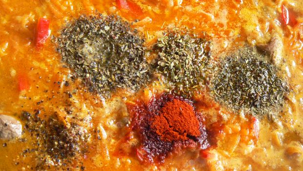 Łopatka wieprzowa duszona z warzywami