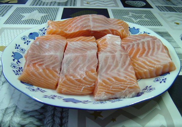 Łosoś marynowany w sosie teriyaki