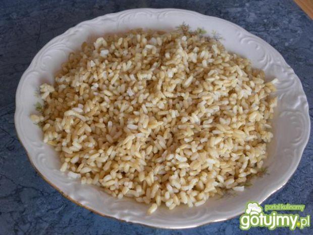 Łosoś pod imbirem ze smażonym ryżem