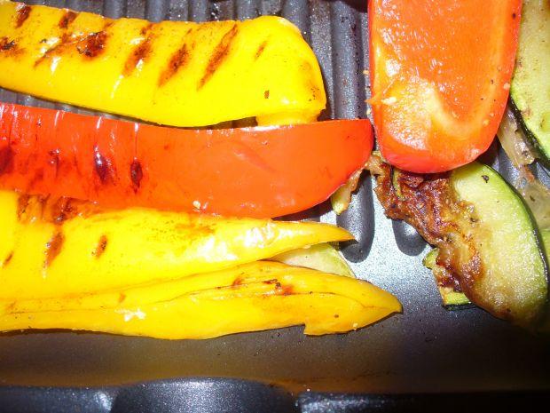 Łosoś z papryką grillowany