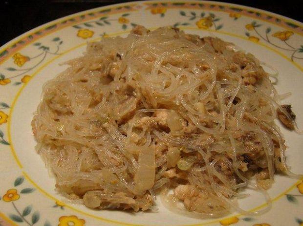 Makaron chiński z tuńczykiem Królika