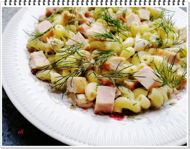 Makaron Eli z sosem koperkowym i kurczakiem