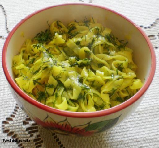 Makaron ryżowy cytrynowo-koperkowy :