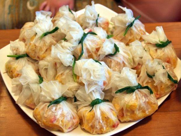 makaron ryżowy w sakiewkach