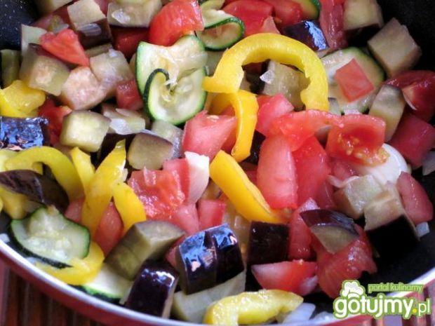 Makaron tagliatelle  z warzywami