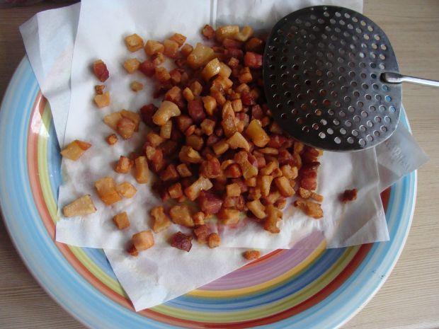Makaron w pomidorowym sosie