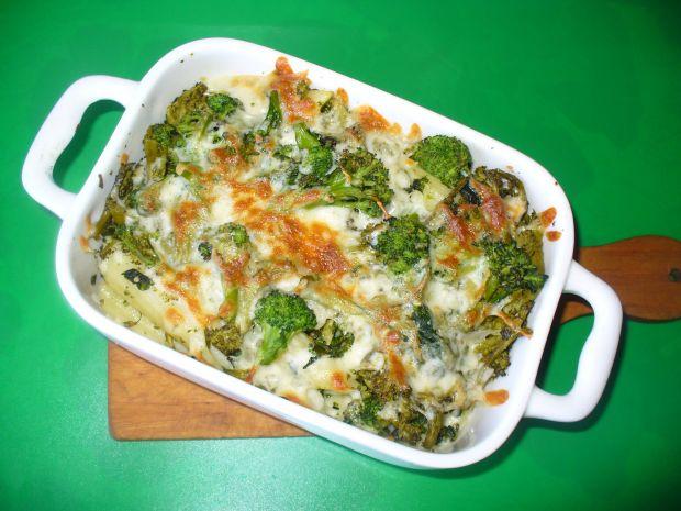 Makaron z brokułami zapiekany