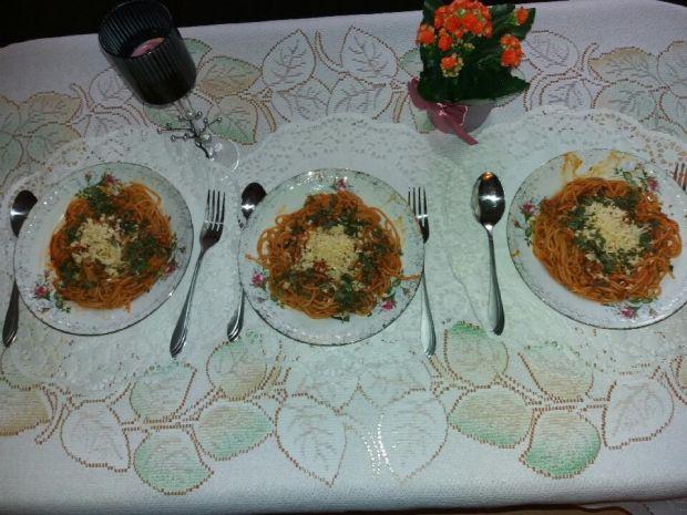Makaron z sosem czyli spaghetti