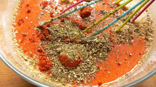 Makaron zapiekany z cukinią, boczkiem i szynką