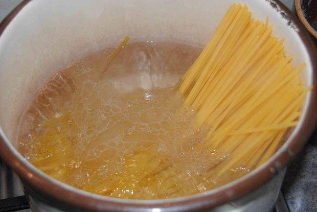 Makaron ze szpinakowym pesto