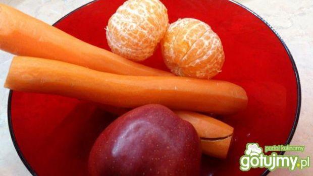 Marchewka z jabłkiem i mandarynką