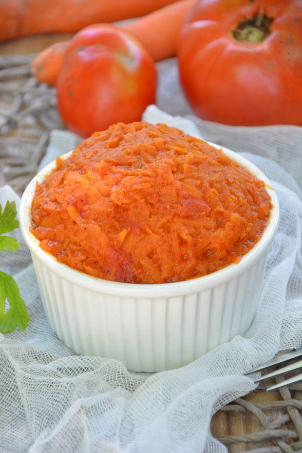 Marchewka z pomidorami do obiadu