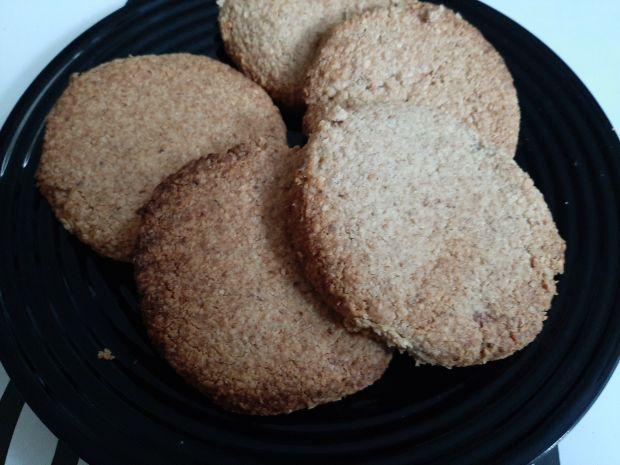 Maślane ciasteczka migdałowo-owsiane
