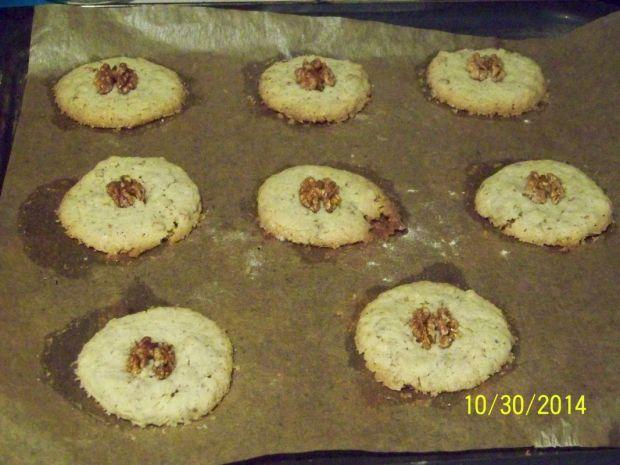 Maślane ciasteczka orzechowe