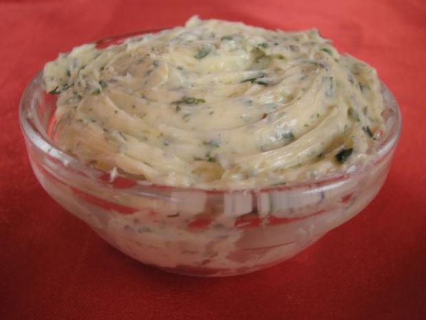 Maslo ziolowo-czosnkowe