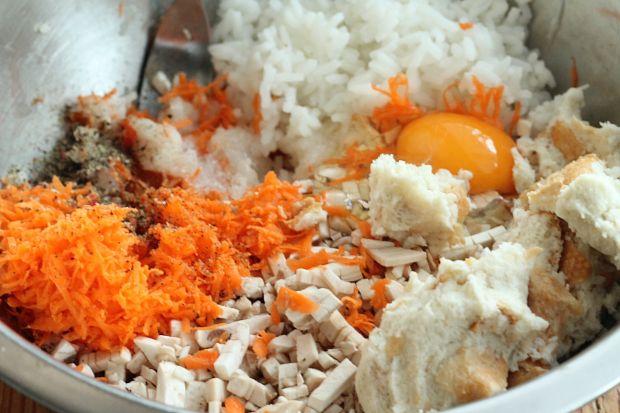 Mielone z dorszem z ryżem i pieczarkami