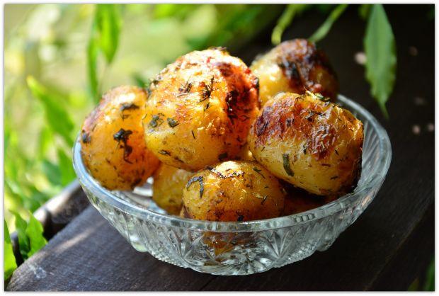Mielone z grilla z brokułem i ziemniakami