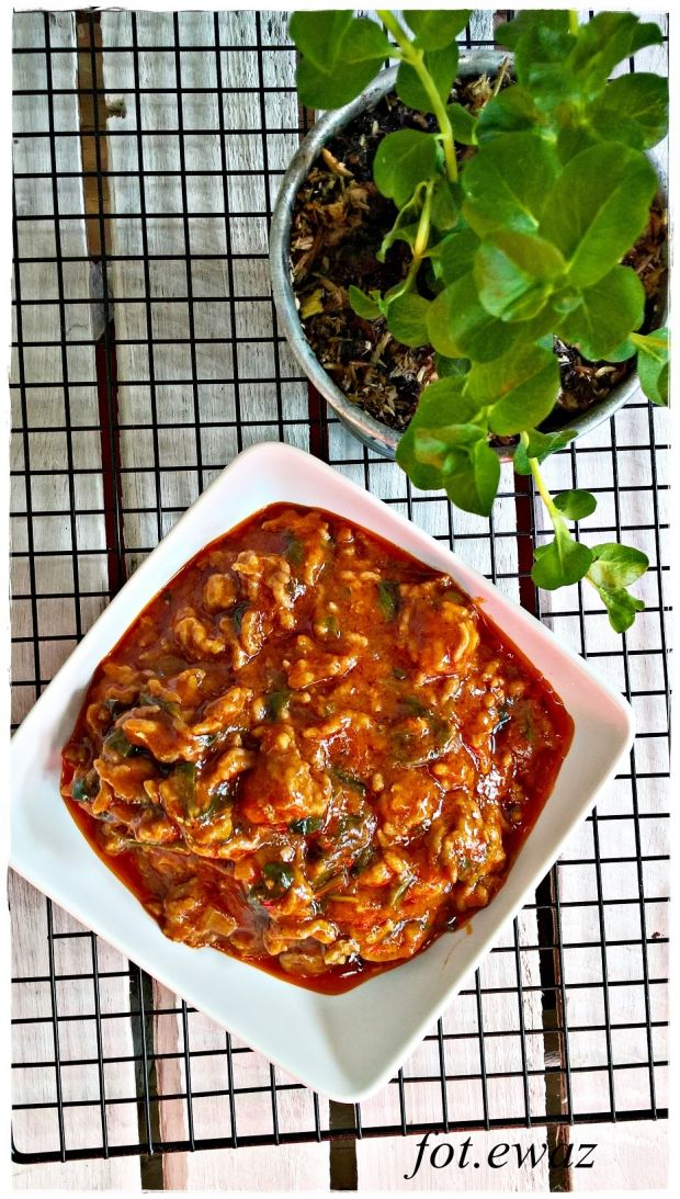 Mięsno - szpinakowy sos do makaronu