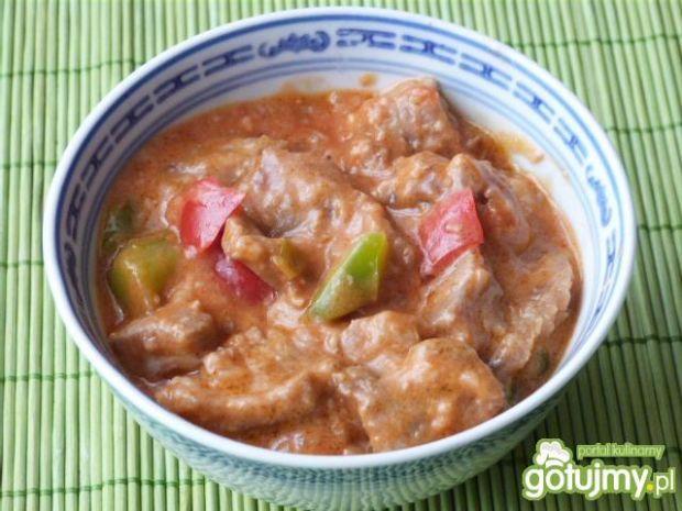 Mięso wieprzowe w cebulowym sosie