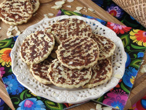 Migdałowe ciasteczka z czekoladą