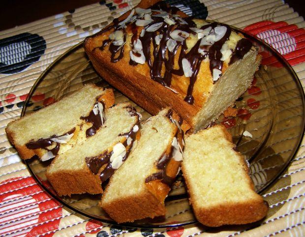 Migdałowe ciasto na oleju