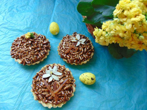 Mini mazurki z masą czekoladową i ryżem preparowan