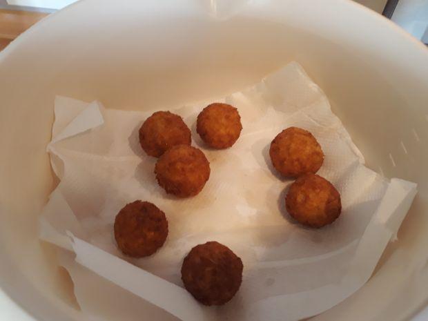 Mini pączki z serem