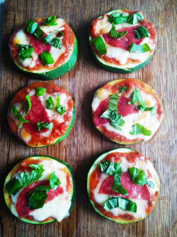 Mini pizze z cukinii