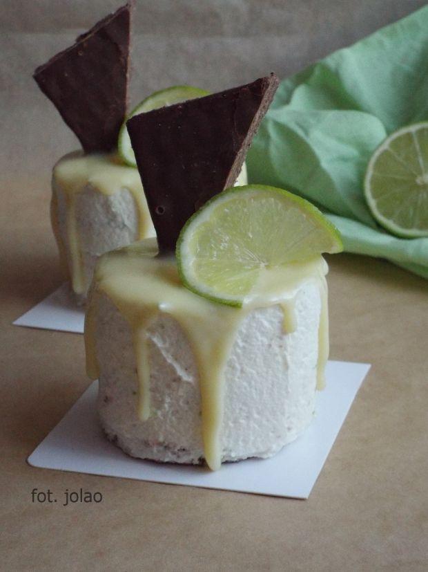 Mini torciki z kremem limonkowym