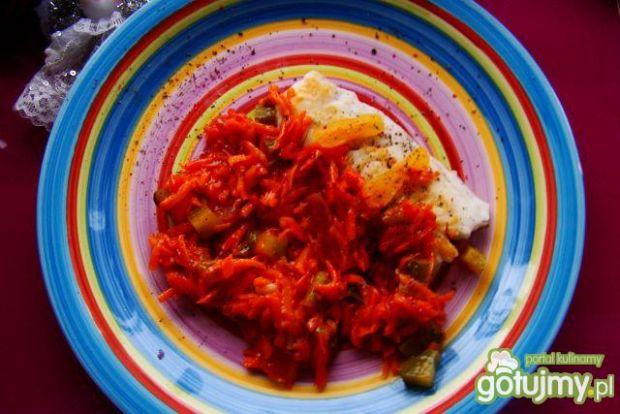 Miruna w warzywach słodko-kwaśna